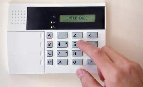 Охранная GSM сигнализация: особенности и состав современных систем