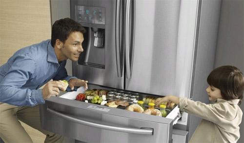 Как выбрать холодильник для большой семьи?