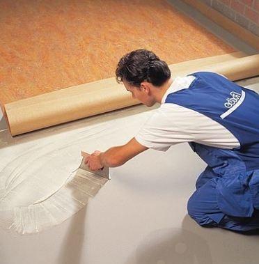 Как положить линолеум на фанеру своими руками: материалы, инструменты, порядок работ