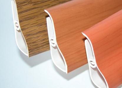 Монтаж пластиковых плинтусов своими руками: материалы, инструменты, процесс
