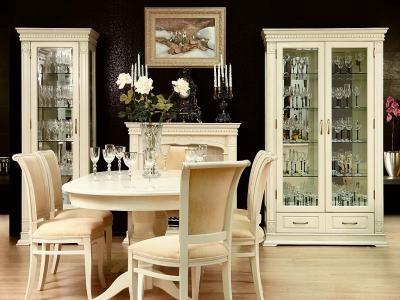 Пол из беленого дуба в интерьере: подбор мебели, примеры (фото)